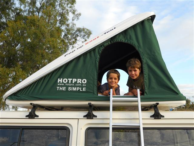 Qld-FOR SALE - Fibreglass Roof Top Tent | 4x4Earth